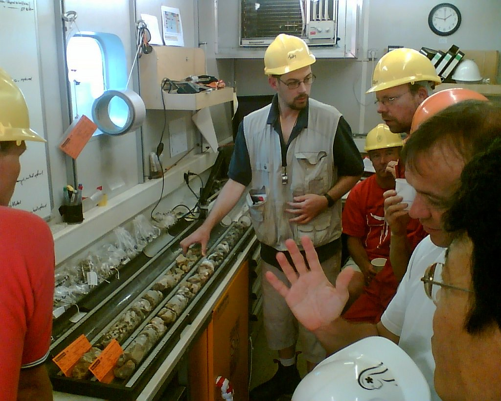curation-container-discussion-M-KoellingIODP.jpg