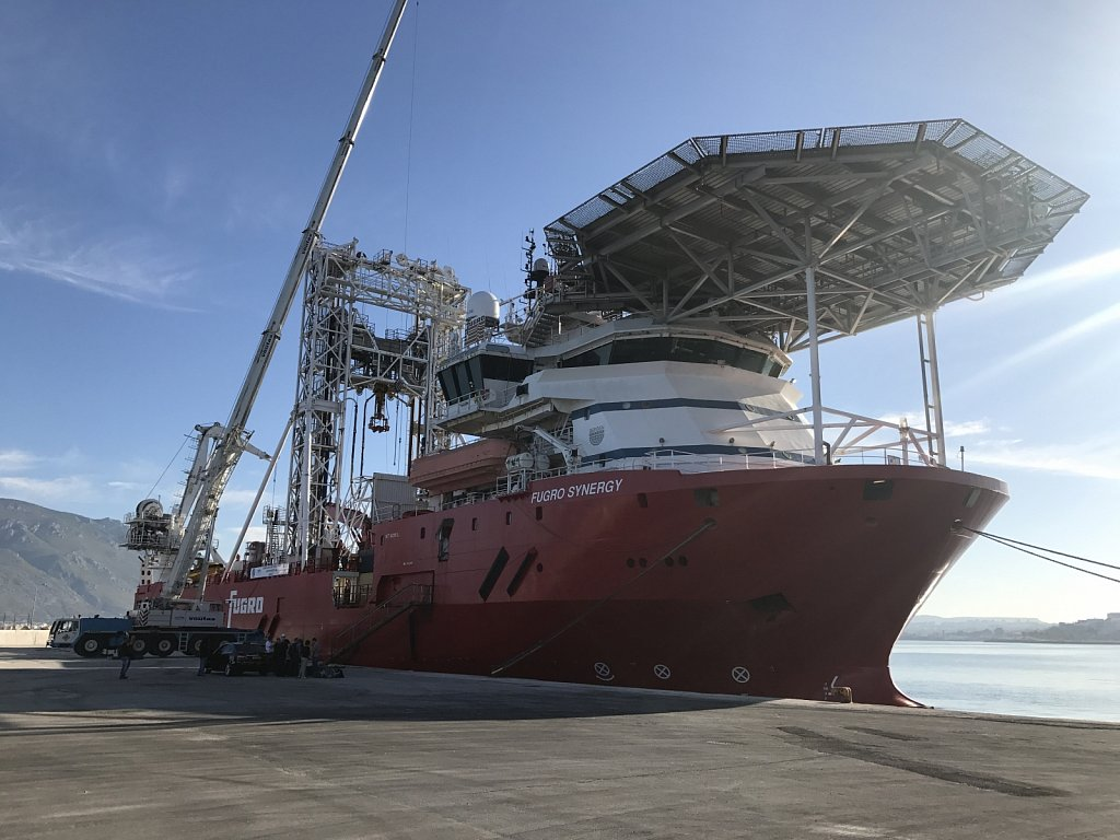 Fugro Synergy mobilisation in the Gulf of Corinth